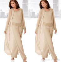 boncuklu şifon ceketi elbisesi toptan satış-Şampanya Üç Parçalı Anne Gelin Pant Uzun Ceketler ile Suits Uzun Kollu Boncuklu Şifon Anne Artı Boyutu Düğün Konuk Elbise