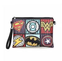 umschlag stil taschen großhandel-Rock Style Rivet Clutch Bag Exquisite Punk Handtasche Frauen Umschlag Tasche Luxus Leder Superheld Umhängetaschen