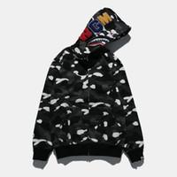 lampadaires achat en gros de-Marque Mens Hoodie Shark Head Chandail Designer Hoodie Street Hip Hop Night Light Camouflage À Capuche Pull Manteau Couple