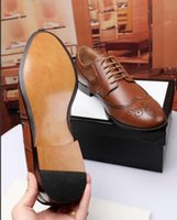Wholesale pu strip - Man's Full-dress Shoes Genuine Leather Quality Top Brand Original Classics Bee & Red Green Strips Design by Free Shipping