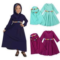 исламская одежда джилбаб абая оптовых-Два комплекта Традиционная цветочная детская одежда Мода Детское Абая Мусульманское платье для девочек Джилбаб и Абая Исламская Детские платья в хиджабе