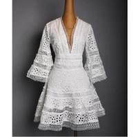 v neckconfashion venda por atacado-EUA 2018 Mulheres Verão Designer de moda Runway V neck Lace Bordado Casual party Mini Vestido Feminino vestido