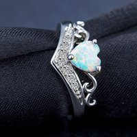 Wholesale fire stone crystal - Fashion White Fire Opal Natural Stone heart Crystal Rings Women Ladies Ring Gifts Jewelry Wedding Party Anniversary ring dropship