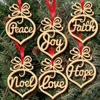 bulbos de ornamento venda por atacado-60 pcs Madeira Ornaments Enfeites De Árvore de Natal Pequeno Coração Fé Esperança Bolha padrão Pingente de cartas Pendurado Ornamentos Forma de bulbo de Natal