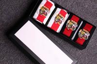 esportes de hotel venda por atacado-4 pares 2 cor de luxo Por Atacado Melhor Vendedor Puro bordado tigre cabeça unissex Meias de algodão designer meias Meias Homens Marca Esporte Polo