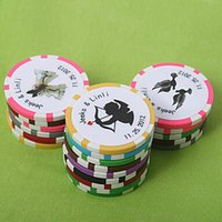 Wholesale personalized wedding gifts for guests - Wholesale- Free Shipping 100pcs Personalized Favors And Gifts Poker Chip Wedding Gifts For Guests Wedding Souvenirs