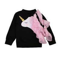 sudadera con cuello rizado al por mayor-Baby Girls Mommy Unicorn Sweatshirts Familia emparejada Manga larga al aire libre volante negro Unicornio chaqueta Niños Ropa para adultos Pullover