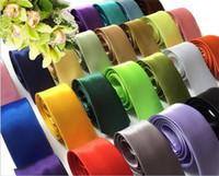 halsbindung fest großhandel-5 cm Seidenkrawatten für Männer Solide Promi Pajaritas Gravata Schlanke Herren Hals Dünne Krawatte R220