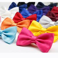 männer zwei tone bogen krawatten großhandel-Männer Solide Mode Bowties Bräutigam Mens Plaid Zwei Ton Schuppige Krawatte Für Männer Schmetterling Gravata Männlichen Ehe Hochzeit Fliegen