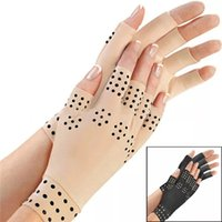 Wholesale finger pain - 2018 Thrending Copper Arthritis Compression Gloves Half Finger Magnetic Therapy Gloves hand pain relief gloves