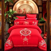 chinesische satin bettwäsche großhandel-Chinesische Hochzeit Luxus Satin Jacquard Bettwäsche-Sets Stickerei Queen King Size Bettbezug Bettlaken Double Glück