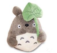 sevimli totoro peluş oyuncak toptan satış-25 cm Kawaii Komşum Totoro Peluş Oyuncak Lotus Yaprağı Çocuk Oyuncakları ile Sevimli Yumuşak Bebek Totoro Kedi