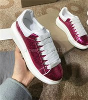 Wholesale Womens Sequin Shoes - Fuchsia Sequins Mens Womens Comfort Casual Dress Shoe Glitter Personality Trainer Leisure Shoes Trendy Sport Shoes Europa Fashion Sneaker