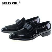 натуральная кожа нубук натуральная кожа оптовых-Handmade Genuine Patent Leather And Nubuck Leather Patchwork With Bow Tie Men Wedding Black Dress Shoes Men's Banquet Loafers