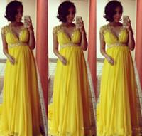 ingrosso vestito chiffon giallo per incinta-Vestiti da sera di maternità lunghi gialli luminosi modesti per le donne incinte Cap maniche maniche impero in chiffon formale perline di cristallo abiti da ballo