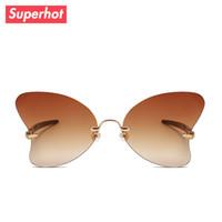sunnies marka güneş gözlüğü toptan satış-Superhot Gözlük 2018 Yeni Çerçevesiz Kelebek Güneş Gözlüğü Moda Kadınlar Güneş gözlükleri Marka Tasarımcısı Shades Bayanlar Sunnies 20133