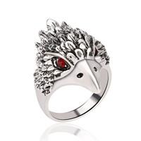 anneaux de tête d'aigle achat en gros de-Nouvel alliage anneau dominateur aigle bande sonne Anneaux de mode Vintage anneaux Non réglable cristal tête d'aigle anneau