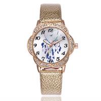 relógio de quartzo flor das senhoras venda por atacado-New ladies flor cabeça digital cinto assistir Personalidade pena relógio de quartzo modelos femininos -