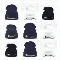 stricken häkeln hüte großhandel-Günstige New beanies Strickmütze Designer Champion Winter Warm Thick Beanie Fedora gorro Bonnet Skull Hats für Männer Frauen häkeln