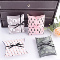 Wholesale Xmas Presents - Wedding Party Favor Gift Bag Sweet Cake Gift Candy Wrap Paper Boxes Bags Anniversary Party Birthday Baby Shower Presents Box XMAS HH7-978
