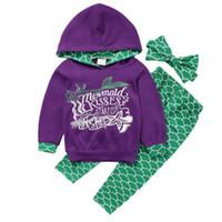 Wholesale clothe headbands online - Vieeoease Girls Sets Christmas Kids Clothing Autumn Long Sleeve Hoodies Stripe Pants Headband Children Outfits EE