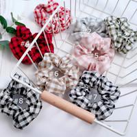 beyaz saç bağları toptan satış-8 Renk Kadınlar Kız kırmızı beyaz ekose Noel Noel Elastik Halka Saç Bağları Aksesuarları At Kuyruğu Tutucu Hairbands Lastik Bant Scrunchies