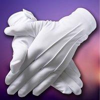 conducteurs de sécurité achat en gros de-1 paire de gants de bouton blanc Etiquette Unisexe Polyester renforçant les côtes Gants blancs épais moyens pour le conducteur de contrôle de sécurité