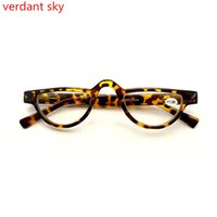 Wholesale great eyeglasses - 2018 Pd62 Retro Slim Brand Men and Women Reading Glasses Cat Eye Spring Hinge Eyeglasses Presbyopic Glasses 1.0 To 3.5