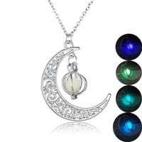 Wholesale fluorescent chain necklace - 4 Colors Pumpkin Glow in the Dark Necklace Stone Luminous Crescent Moon Locket Pendant Fashion Jewelry Fluorescent statement Necklace 162553