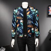 çiçek ceketleri toptan satış-Erkek Desen Ceket Çiçek Baskı Erkek Ceket Eski Klasik Moda Tasarımcısı Bombacı Ceketler Erkekler Parti Kulübü Kıyafet Erkekler boy