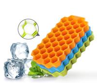 haciendo cubitos de hielo al por mayor-Multi-estilo de nido de abeja de silicona Bola de hielo Bandeja de cubitos Molde de hielo Bandeja de cubitos de hielo Caja de fabricación de hielo Molde de nido de abeja Para Bar Herramientas de fiesta Color aleatorio