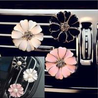 ko großhandel-Auto Parfüm Clip Home Ätherisches Öl Diffusor Für Auto Medaillon Clip Blume Auto Lufterfrischer Klimaanlage Vent Clip 6 styles