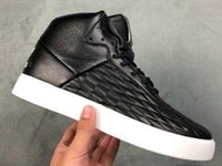 Wholesale gold strap shoes for sale - 2018 new men TUBULAR INVADER STRAP Jogging Casual sports Running shoes mens Outdoor Gym Jogging Training Sneakers Drop Shipping Accepted