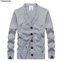 новые пароли оптовых-Cardigans Men Sweaters 2017 Knitwear Button  V-neck Cardigan Top Quality Brand Clothing Fashion Male Slim Fit Christmas Coat
