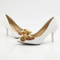 damen schöne pumpen großhandel-Neue Schöne weiße perlen Frauen Pumps Spitz Bowtie Kristall Hochzeit Schuhe Handgefertigte Dame Heels Plus Größe