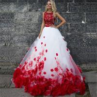 rote weiße bonbon 16 kleider großhandel-Zweiteiler Weiß Rot Ballkleider Applikationen Spitze 3D Blumen Tüll Ballkleid Quinceanera Kleider Sweet 16 Kleider