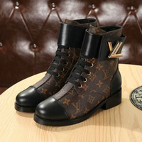 Wholesale female low boots online - 2018 Brand Genuine Leather Susanna Thick Heel Rivet Pointed Toe studded Ankle Boot women Autumn Winter Female Boots