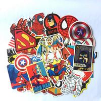autocollants de héros achat en gros de-50 Pcs Autocollants Pour Super Héros Cartoon Ordinateur Portable Decal Réfrigérateur Skateboard Batman Superman Hulk Iron Man