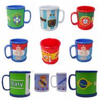 asa de fútbol al por mayor-Rusia Copa del mundo Tazas Bandera nacional Copa de fútbol Beber agua Taza de café Té de cerámica Taza de leche con asa Copas para niños OOA4967