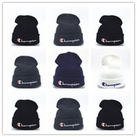 knitted hats 도매-좋은 품질 beanies 니트 모자 디자이너 챔피언 겨울 따뜻한 두꺼운 비니 페도라 gorro 보닛 스컬 모자 남성 여성 크로 셰 뜨개질 스키