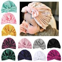 bunnies şapkası toptan satış-Yenidoğan Bunny Yay düğüm şapka kadife şapka Avrupa Amerikan çocuk kap Pleuche beanies Bebek kazak şapkalar 11 renkler AAA1358