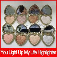 surligneurs légers achat en gros de-Palette de fard à paupières en forme de cœur forme pressée en poudre 8 couleurs surligneur poudre palette amour lumière surligneur livraison gratuite