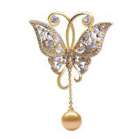 pérolas de pingente de borboleta venda por atacado-Mulheres de alta qualidade vestido de noiva nupcial zircão borboleta broche pin com pérola pingente de moda jóias presentes do partido