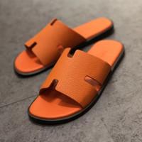 mocassins européens achat en gros de-Nouveau designer de luxe demi-pantoufle hommes en cuir véritable européen sandales style vachette nouveaux hommes chaussures mocassins pantoufles grande taille taille 38-45
