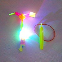 LED Arrow Elicottero LED Amazing Arrow Flying Helicopter Ombrello Paracadute per bambini Giocattoli Space UFO LED Light Christmas Halloween Flash Toys