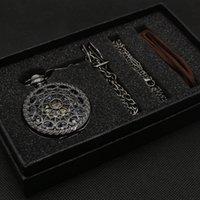 ingrosso borsa in bronzo-Regalo di orologio da tasca in bronzo con movimento meccanico a mano di buona qualità con custodia regalo in pelle con cinturino in regalo e collana con catena
