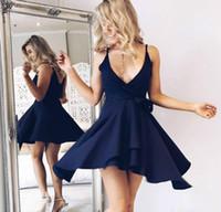 короткое синее платье для возвращения на родину просто оптовых-Простой Стиль Атлас Арабский Homecoming Платья Темно-Синий Спагетти Ремни Саудовской Длина До Колен Короткие Пром Платье Коктейль Коктейль Клуб Одежда