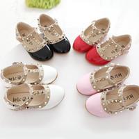 sıcak tek ayakkabı toptan satış-Sıcak Çocuk Prenses Düz Ayakkabı Çocuk Kız Perçinler Tek Ayakkabı Çocuklar Deri Ayakkabı Kızlar Ayakkabı EU21-36