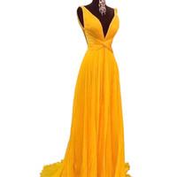 sarı elbiseler pilili toptan satış-YENI Seksi Backless A Hattı Gelinlik 2018 Canlı Sarı Şifon Pleats Uzun Kadınlar Balo Elbise Vestido De Festa Özelleştirilmiş Parti Törenlerinde Giymek