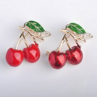 Wholesale enamel cherry for sale - Group buy Bulk Sale Esmalte Enamel Cherry Brooches For Women Korean Harajuku Fruit Brooch Corsage Shirt Collar Clip Female Crystal Pins